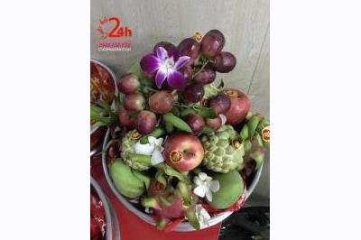 Dịch vụ cưới hỏi 24h trọn vẹn ngày vui chuyên trang trí nhà đám cưới hỏi và nhà hàng tiệc cưới | Mâm quả trái cây ngũ quả ngày cưới hình tháp cao đẹp