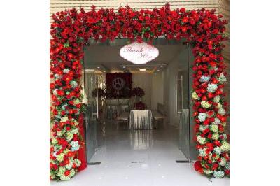 -24h chuyên dịch vụ cưới hỏi: trang trí nhà đám cưới hỏi, nhà hàng tiệc cưới, nhân sự bưng mâm quả, cổng hoa, xe hoa, cắt dán chữ và tin tức cưới hỏi: đám cưới sao, lập kế hoạch cưới, làm đẹp ngày cưới -Cổng cưới hoa tươi dành cho lễ thành hôn kết