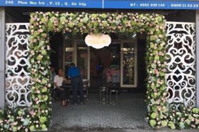 Dịch vụ cưới hỏi 24h trọn vẹn ngày vui chuyên trang trí nhà đám cưới hỏi và nhà hàng tiệc cưới | Dịch vụ trang trí cổng cưới hoa tươi trọn gói chuyên nghiệp