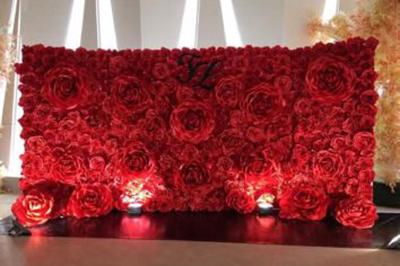Dịch vụ cưới hỏi 24h trọn vẹn ngày vui chuyên trang trí nhà đám cưới hỏi và nhà hàng tiệc cưới | Phông cưới, backdrop chụp ảnh kết từ hoa giấy gam đỏ rực rỡ cùng ánh đèn thật lãng mạn