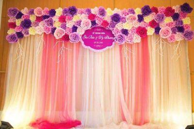 Dịch vụ cưới hỏi 24h trọn vẹn ngày vui chuyên trang trí nhà đám cưới hỏi và nhà hàng tiệc cưới | Trang trí phông cưới backdrop nhà hàng với hoa giấy (2)