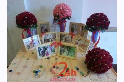 Dịch vụ cưới hỏi 24h trọn vẹn ngày vui chuyên trang trí nhà đám cưới hỏi và nhà hàng tiệc cưới | Trang trí bàn ký tên gallery nổi bật với các khung ảnh và bình hoa hồng tròn đẹp