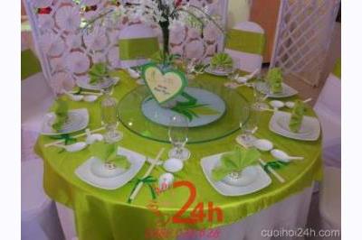 Dịch vụ cưới hỏi 24h trọn vẹn ngày vui chuyên trang trí nhà đám cưới hỏi và nhà hàng tiệc cưới | Trang trí bàn tiệc tông xanh đọt chuối