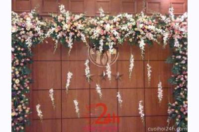 Dịch vụ cưới hỏi 24h trọn vẹn ngày vui chuyên trang trí nhà đám cưới hỏi và nhà hàng tiệc cưới | Cổng hoa tươi 40