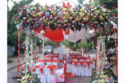 Dịch vụ cưới hỏi 24h trọn vẹn ngày vui chuyên trang trí nhà đám cưới hỏi và nhà hàng tiệc cưới | Cổng hoa tươi 54