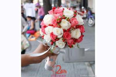 -24h chuyên dịch vụ cưới hỏi: trang trí nhà đám cưới hỏi, nhà hàng tiệc cưới, nhân sự bưng mâm quả, cổng hoa, xe hoa, cắt dán chữ và tin tức cưới hỏi: đám cưới sao, lập kế hoạch cưới, làm đẹp ngày cưới -Hoa cầm tay cô dâu 139