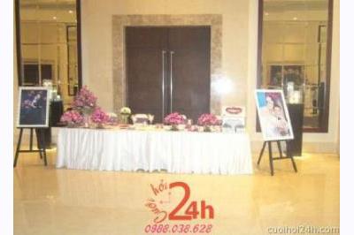 Dịch vụ cưới hỏi 24h trọn vẹn ngày vui chuyên trang trí nhà đám cưới hỏi và nhà hàng tiệc cưới | Trang trí bàn ký tên 19